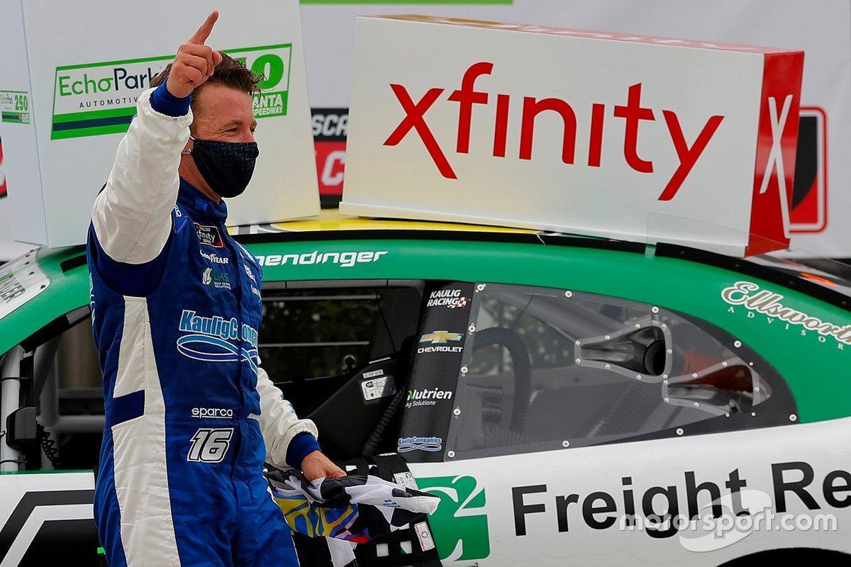 Ganador A.J. Allmendinger, Kaulig Racing, Chevrolet Camaro