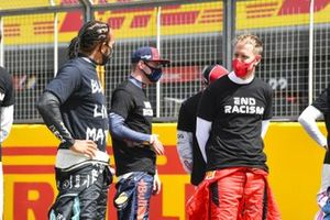 Lewis Hamilton, Mercedes-AMG F1, Sebastian Vettel, Ferrari, and the other drivers assemble to show their support for the End Racism campaign