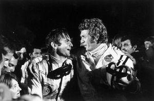 Steve McQueen, Peter Revson, Porsche 908/02