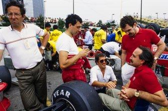 Mauro Forghieri, Michele Alboreto, Ferrari y Clay Regazzoni