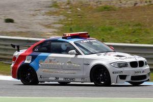 BMW 1 M Coupé safety car