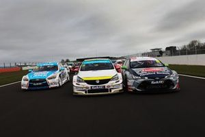 Ashley Sutton, Laser Tools Racing Infiniti Q50, Jason Plato, Power Maxed Racing Vauxhall Astra, Tom Ingram, Toyota Gazoo Racing UK with Ginsters Toyota Corolla