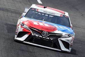 Kyle Busch, Joe Gibbs Racing Toyota M&M's Red White Blue