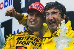 1. Heinz-Harald Frentzen, Jordan, mit Eddie Jordan