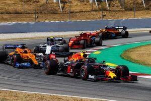 Alex Albon, Red Bull Racing RB16, leads Carlos Sainz Jr., McLaren MCL35, Pierre Gasly, AlphaTauri AT01, Charles Leclerc, Ferrari SF1000, and Lando Norris, McLaren MCL35