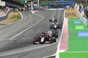 Romain Grosjean, Haas VF-20, George Russell, Williams FW43, Antonio Giovinazzi, Alfa Romeo Racing C39, Nicholas Latifi, Williams FW43