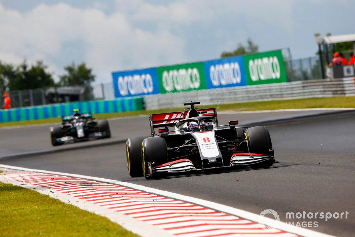 Romain Grosjean, Haas VF-20, Valtteri Bottas, Mercedes F1 W11