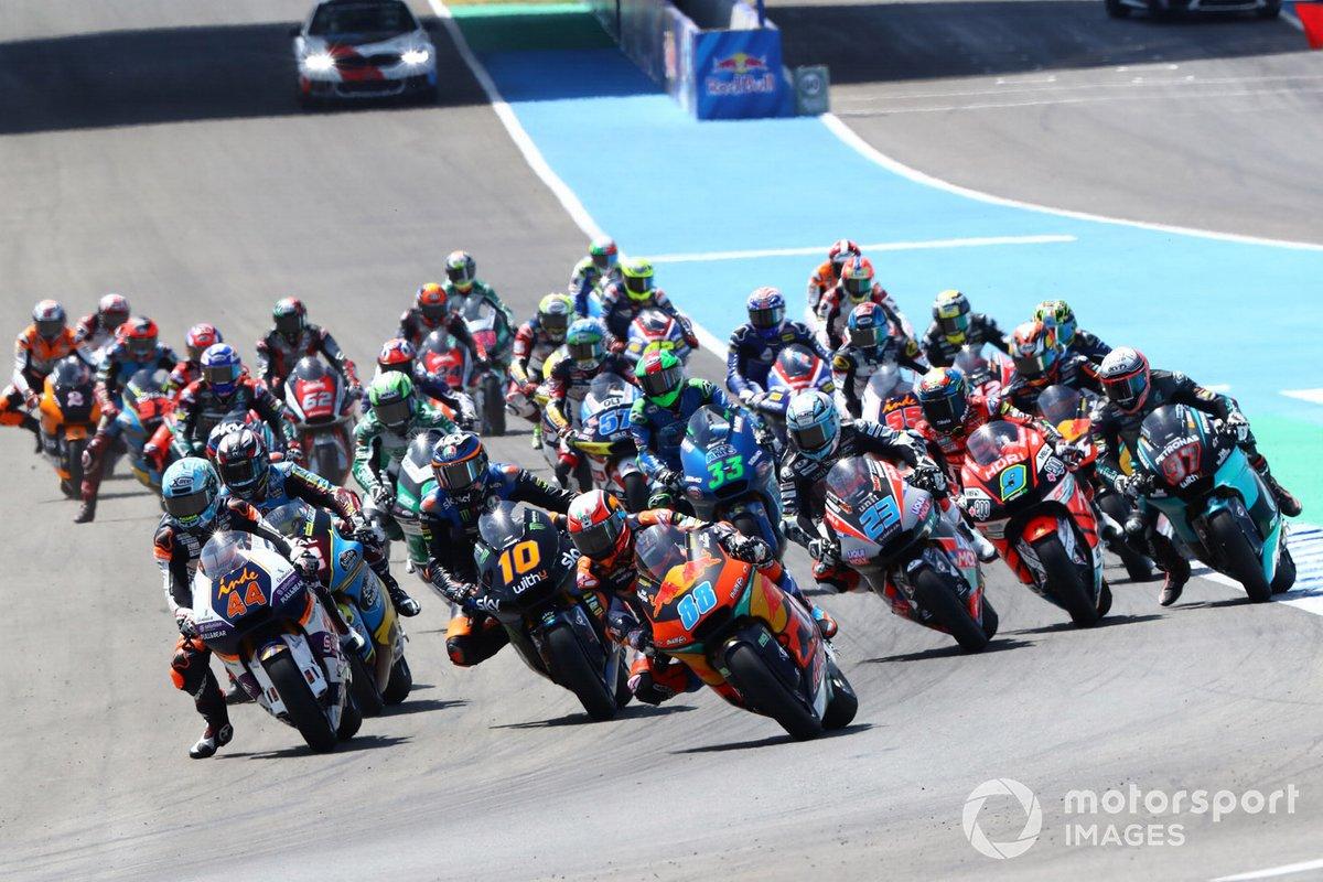 Salida de Moto2 en Jerez
