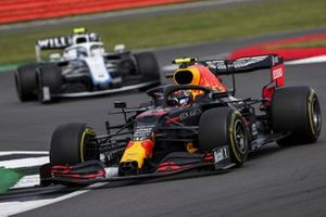 Alex Albon, Red Bull Racing RB16, Nicholas Latifi, Williams FW43