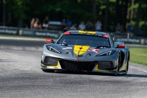 #4 Corvette Racing Corvette C8.R: Oliver Gavin, Tommy Milner