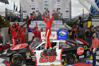 Christopher Bell, Joe Gibbs Racing, Toyota Camry Rheem celebrates in victory lane