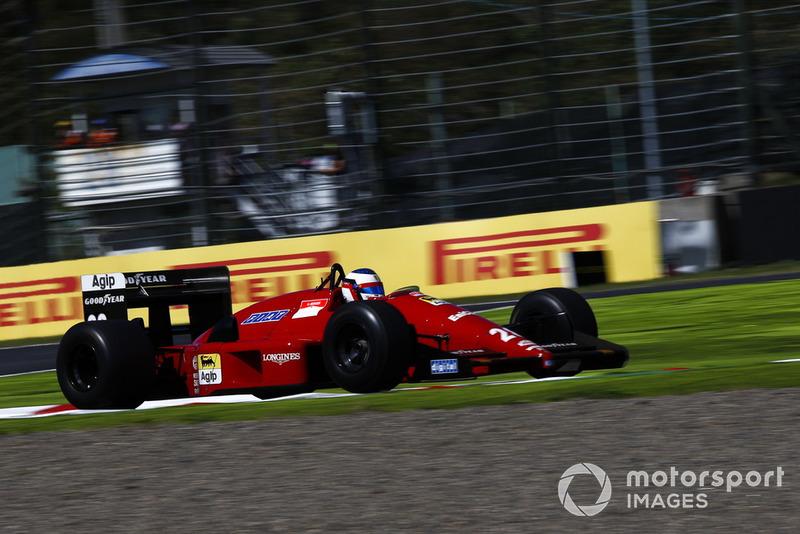 Jean Alesi, Ferrari F1/87/88C lors des Legends F1 30th Anniversary Lap Demonstration