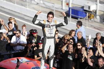 Champion Mikel Azcona, PCR Sport Cupra TCR Eric Alonso