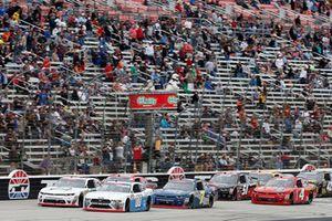 Cole Custer, Stewart-Haas Racing, Ford Mustang Autodesk, Justin Allgaier, JR Motorsports, Chevrolet Camaro Suave MEN