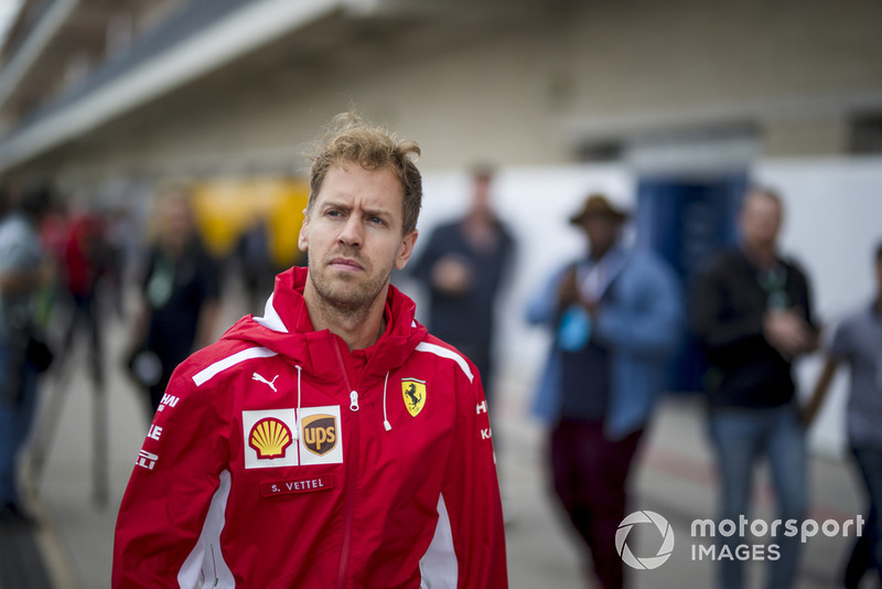 """Sebastian Vettel: """"Eu não tentei perder a corrida. Acho que, se tivéssemos ficado em quarto ou quinto na primeira volta, teríamos ficado muito mais próximos. E aí não sei se todos fariam a mesma coisa, mas com certeza tínhamos a velocidade para vencer."""""""