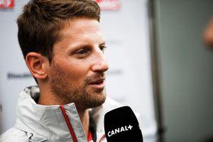 Romain Grosjean, Haas F1 Team, parle aux journalistes