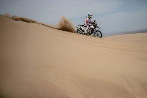 #50 HERO Motorsports Team Rally: CS Santosh