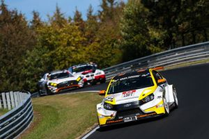 #821 Lubner Motorsport LADA Vesta TCR: Lukas Thiele, Andrei Sidorenko