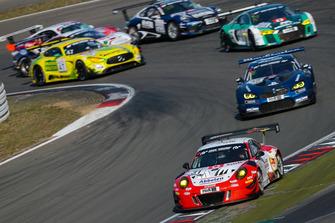 #31 Frikadelli Racing Team Porsche 911 GT3 R: Norbert Siedler, Alexander Müller