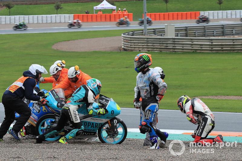 Aron Canet, Estrella Galicia 0,0, Lorenzo Dalla Porta, Leopard Racing, Suzuki, dopo la caduta