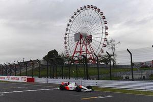 Takuma Sato, McLaren Honda MP4-7A lors du tour de démonstration des Légendes