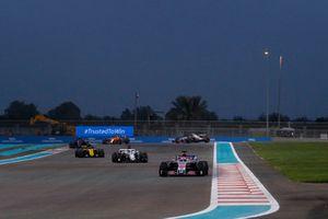 Sergio Perez, Racing Point Force India VJM11, Marcus Ericsson, Sauber C37 and Carlos Sainz Jr., Renault Sport F1 Team R.S. 18