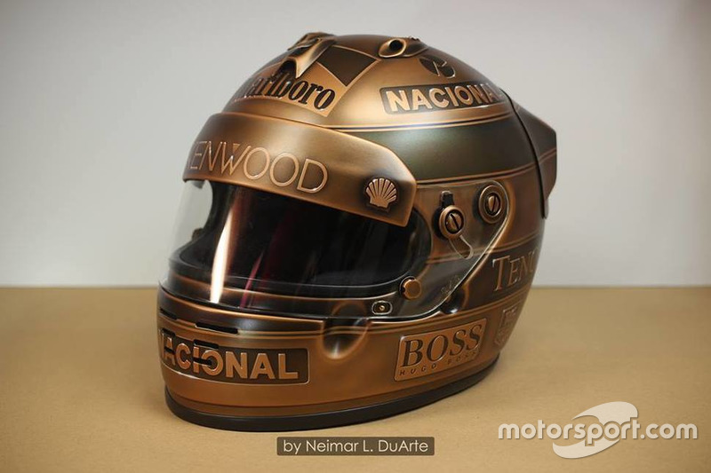 Ayrton Senna bronz sisakja