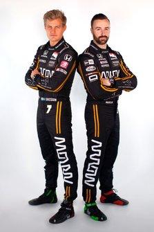 Гонщики Schmidt Peterson Motorsports Маркус Эрикссон и Джеймс Хинчклифф