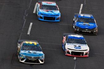 Matt DiBenedetto, Leavine Family Racing, Toyota Camry Anest Iwata and Ryan Preece, JTG Daugherty Racing, Chevrolet Camaro Kroger