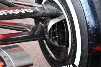 Ferrari SF90 front brake duct