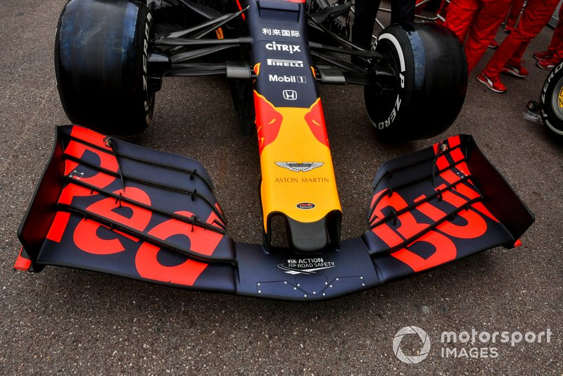 Red Bull Racing RB15 front wing