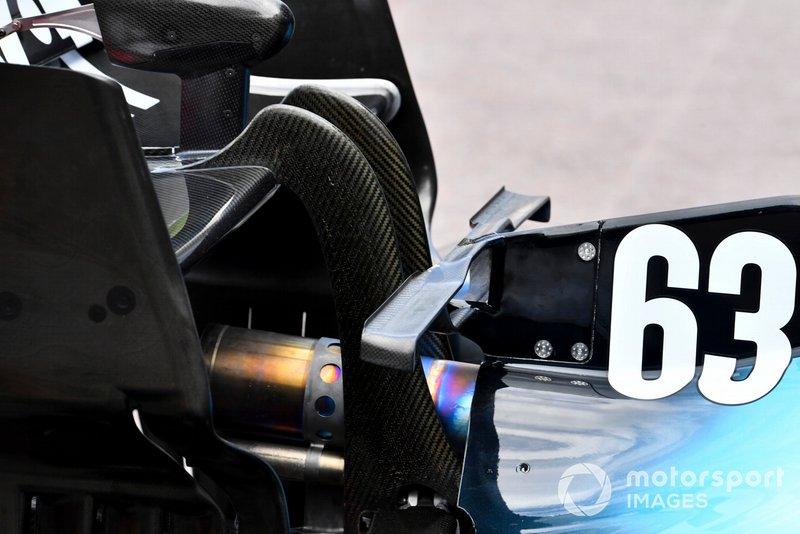 Williams FW42: Heckbereich mit T-Flügel