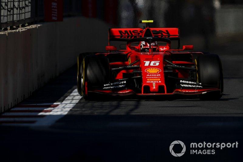 Лучший круг Леклера стал юбилейным, 250-м для пилотов Ferrari (против 155 у McLaren и 133 у Williams). В списке гонщиков, которые показывали самые быстрые круги за рулем красных машин, фигурирует 36 фамилий. Михаэлю Шумахеру это удавалось 53 раза, Кими Райкконену – 23, Рубенсу Баррикелло – 15.