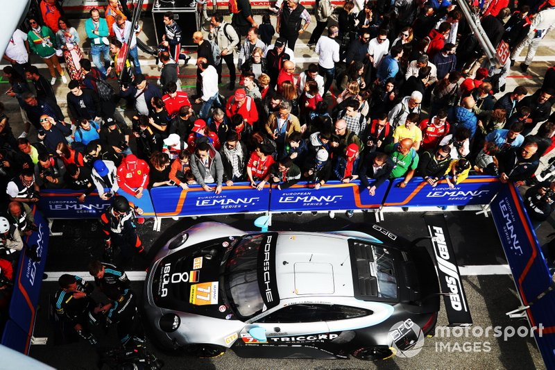Race winner GTE, #77 Dempsey-Proton Racing Porsche 911 RSR: Christian Ried, Riccardo Pera, Matteo Cairoli