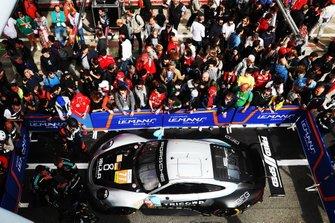 Il vincitore della gara GTE, #77 Dempsey-Proton Racing Porsche 911 RSR: Christian Ried, Riccardo Pera, Matteo Cairoli