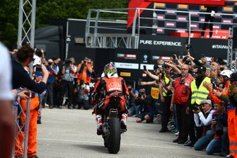 Chaz Davies, Aruba.it Racing-Ducati Team s'empare de la pole position