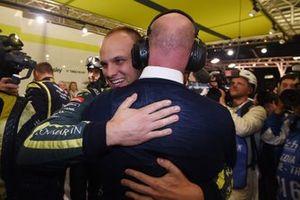 Ganador de la pole Marco Sorensen, Aston Martin Racing