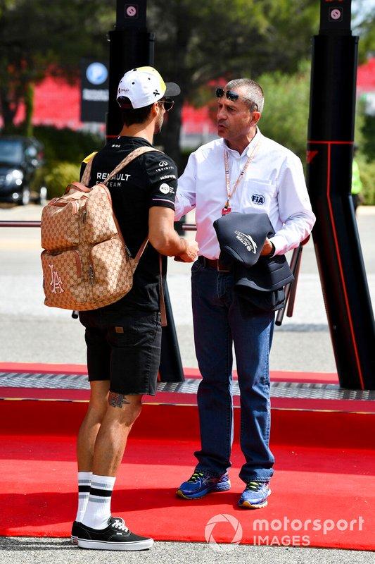 Daniel Ricciardo, Renault F1 Team e Yannick Dalmas