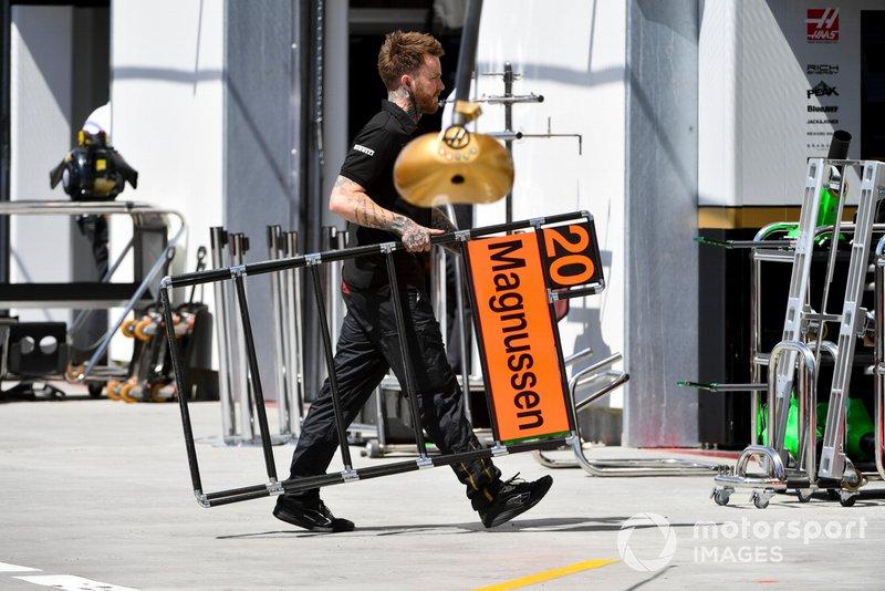 Haas mekanikeri, Kevin Magnussen, Haas F1