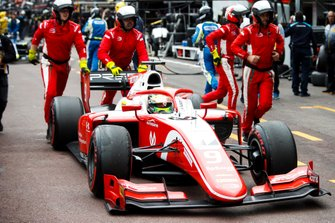 Mick Schumacher, Prema Racing in pit lane