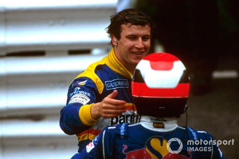 Le vainqueur Olivier Panis, Ligier, et le troisième Johnny Herbert, Sauber