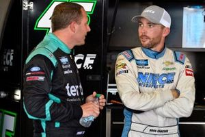 Ross Chastain, Niece Motorsports, Chevrolet Silverado Niece and Johnny Sauter, ThorSport Racing, Ford F-150 Tenda Products