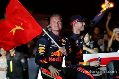 Show Red Bull à Hanoï