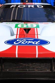 Автомобиль Ford GT (№69) команды Ford Chip Ganassi Team USA