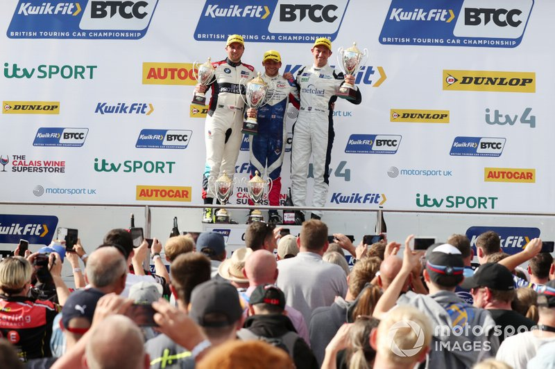 Tom Oliphant, WSR BMW , Jake Hill, Trade Price Cars Audi and Stephen Jelley, Team Parker Racing BMW