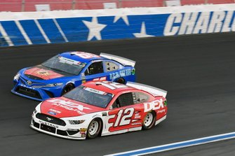 Ryan Blaney, Team Penske, Ford Mustang DEX Imaging,Joey Gase, Motorsports Business Management, Toyota Camry MBM Motorsports