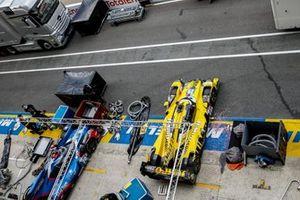 #29 Racing Team Nederland Oreca 07 - Gibson LMP2, Frits Van Eerd, Giedo Van Der Garde, Job Van Uitert, #70 Realteam Racing Oreca 07 - Gibson LMP2, Esteban Garcia, Loic Duval, Norman Nato
