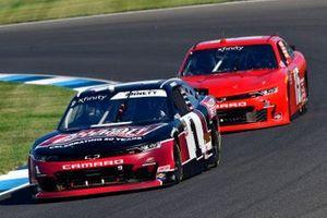 Michael Annett, JR Motorsports, Chevrolet Camaro Allstate Peterbilt Group y Mike Skeen, JD Motorsports, Chevrolet Camaro