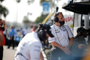 Des membres de l'équipe de Patricio O'Ward, Arrow McLaren SP Chevrolet