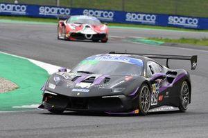 #309 Kessel Racing, Ferrari 488 Challenge Evo: Omar Jackson, Charles Hollings